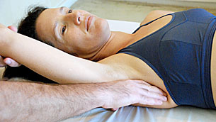 woman in a rolfing session